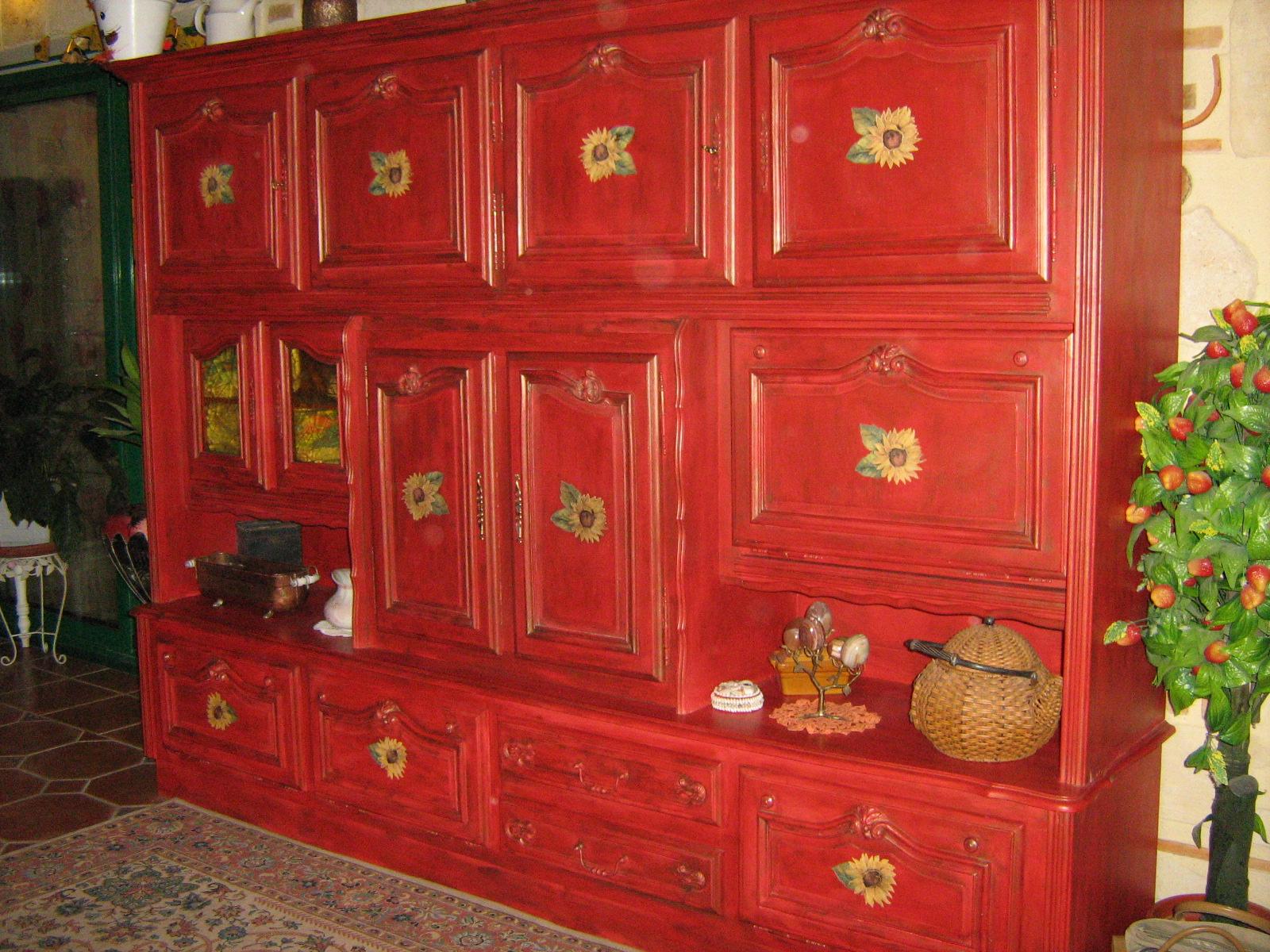 Peinture sur meuble et objets - Meuble patine rouge ...